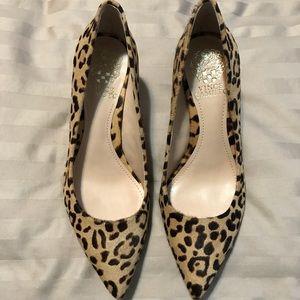 ❕1 WEEK ONLY❕Vince Camuto Vivienne 2 Leopard Heels